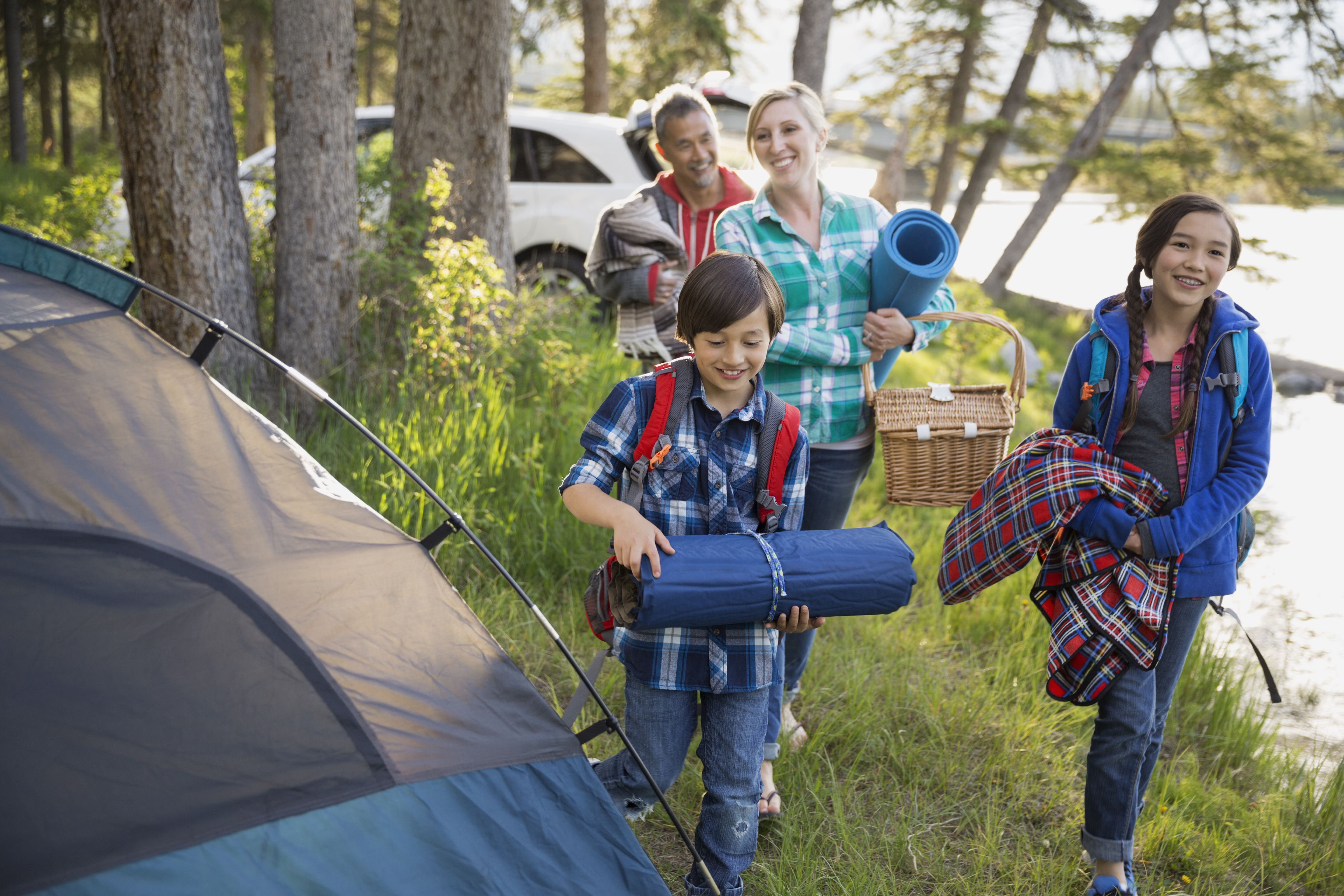 Family-Camping-572133413df78c5640da472b