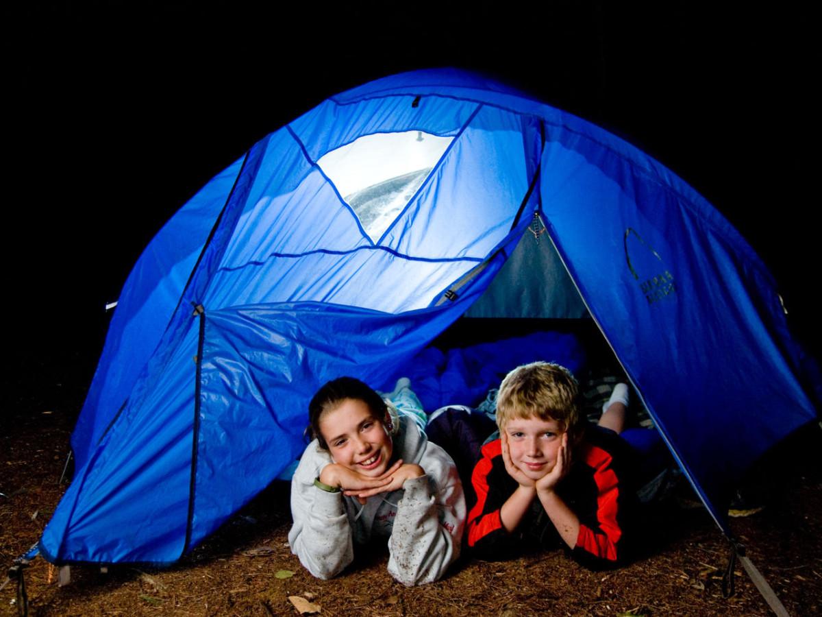 Kids-camping-1200x900