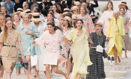 spring-summer-2019-fashion-trends-272243-1542283512813-image.700x0c