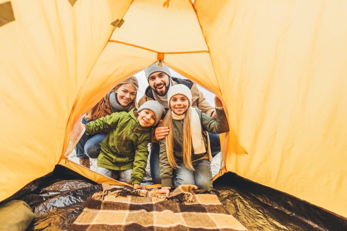 kids-camping-soc