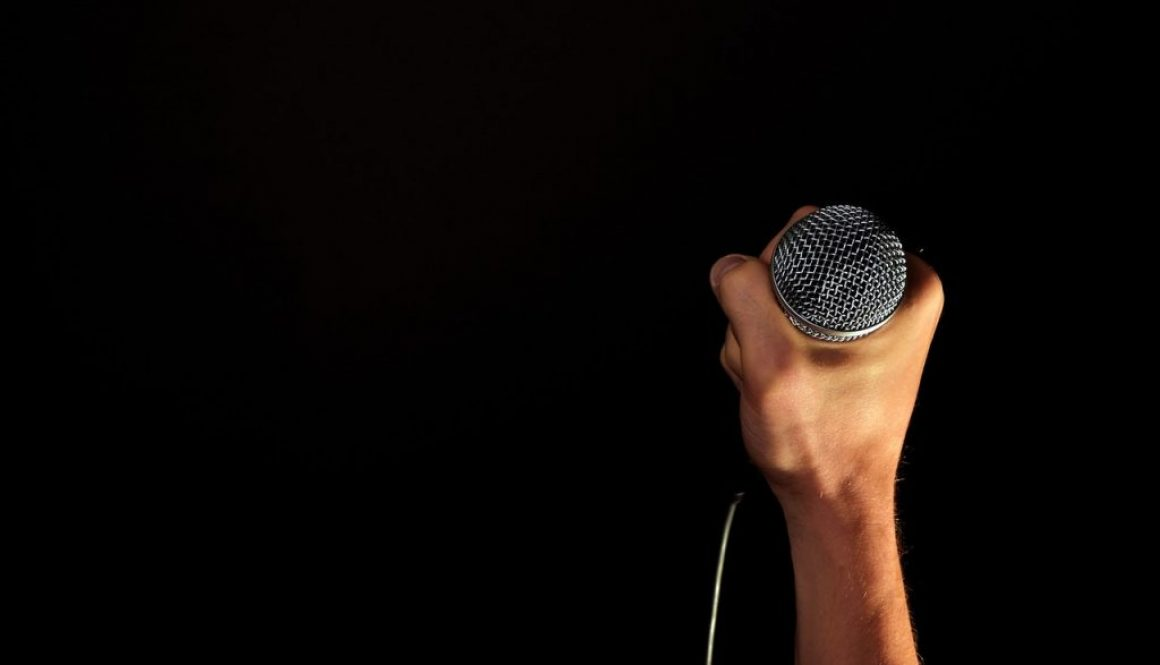 microphone in music competition